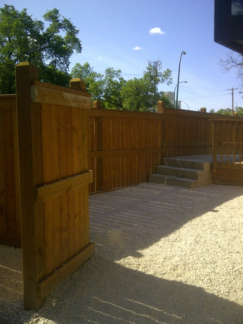 6 by 6 ceadertone fence